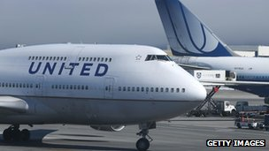 United Airlines file photo (25 July 2013)