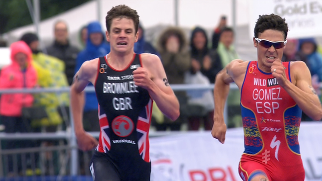 Jonny Brownlee and Javier Gomez (L-R)
