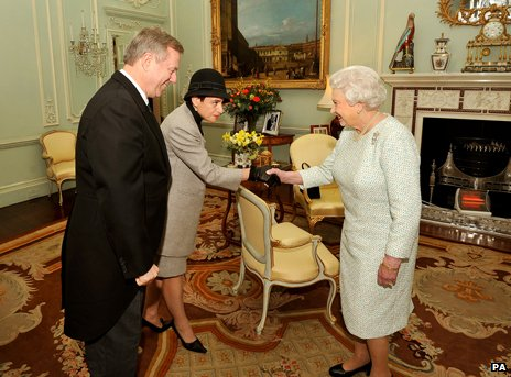 Queen meeting Australian High Commissioner and his wife in March 2013