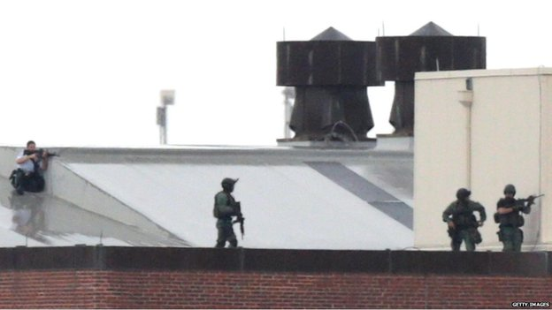 Law enforcement officials at the Washington Navy Yard, 16 Sept
