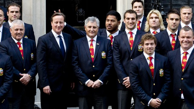 Manu Tuilagi plays a prank on Prime Minister David Cameron