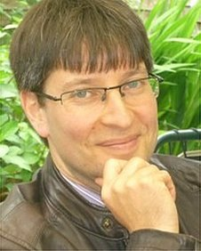 Dr David Brauner