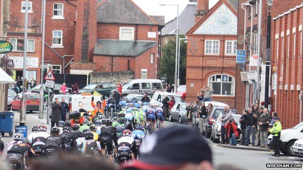 Tour of Britain in Wrexham's Brook Street