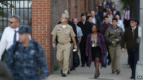 Military personnel and workers returned to work at the Washington Navy Yard on 19 September 2013