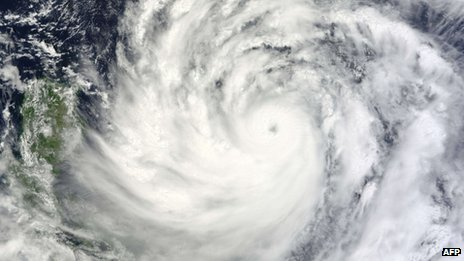 Typhoon Usagi nearing the Philippines and southern Taiwan, 19 September 2013