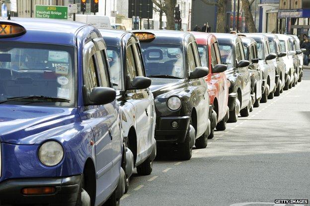 Taxi rank in Vauxhall Bridge Road, London