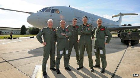VC10 last sortie crew