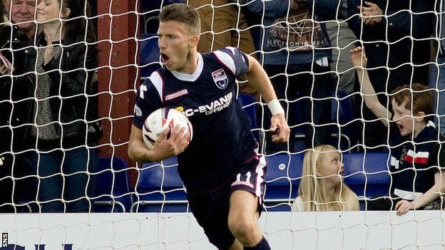 Ross County forward Melvin De Leeuw