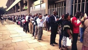 People queue to give blood in Nairobi