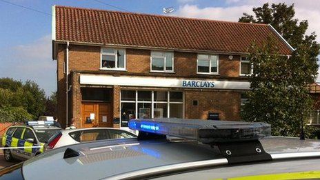 Barclays, Acle