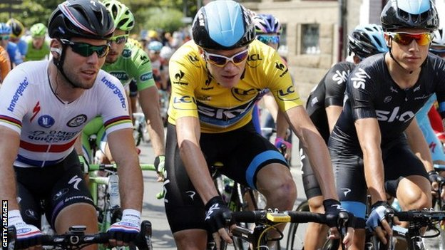 Mark Cavendish (left) with Chris Froome