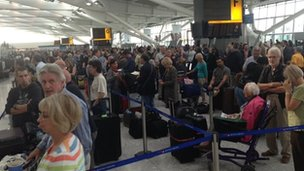 Passengers at T5