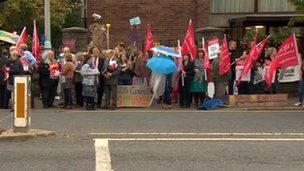 Protest against Exploris closure
