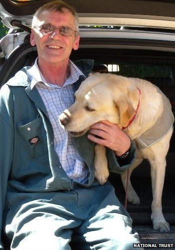 Peter Monaghan and Sam the dry rot sniffer dog