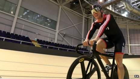 Chris Hoy rides in the velodrome in Glasgow