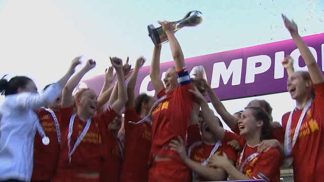 Liverpool Ladies celebrate WSL title