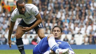 Tottenham's Andros Townsend tangles with Frank Lampard during Saturday's draw with Chelsea