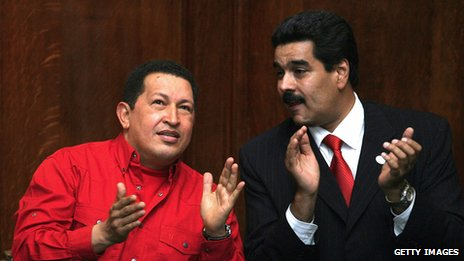 Hugo Chavez and Nicolas Maduro at a ceremony on 18 December 2007