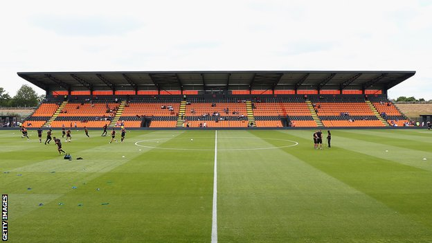 Broncos agree Barnet groundshare...