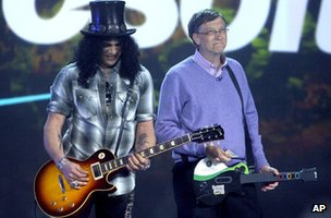 Bill Gates and Slash at CES