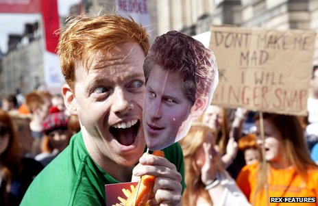 Shawn Hitchins with Prince Harry mask in Edinburgh