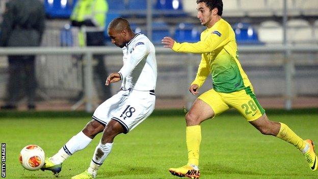 Tottenham's Jermain Defoe scoring against Anzhi Makhachkala