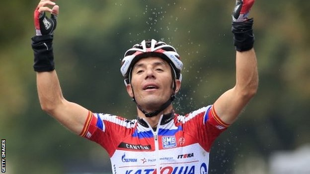 Joaquim Rodriguez celebrates winning the Tour of Lombardy
