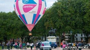 Queen's Cup Balloon Race launch
