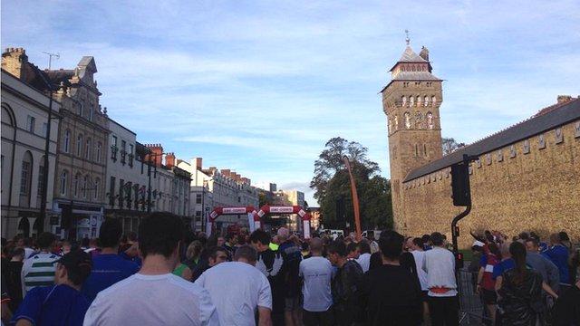 Start line of Cardiff half marathon