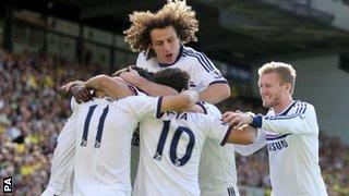 Chelsea celebrate Oscar's opener