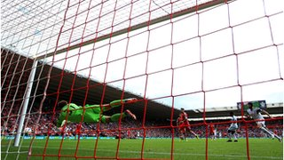 Boruc saves an effort