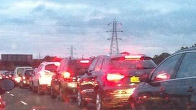 Traffic queues