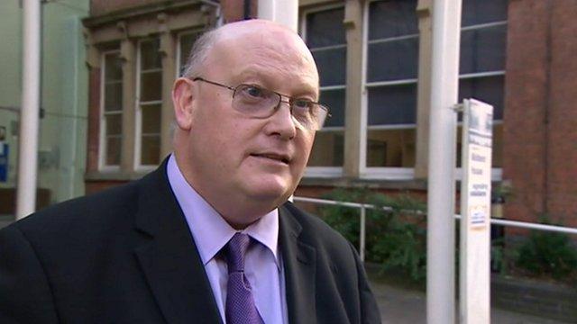 Dr Stewart Wilson