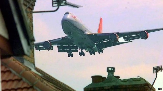 Low-flying aircraft