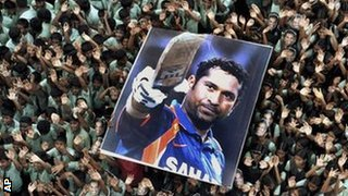 India fans hold up a Sachin Tendulkar banner