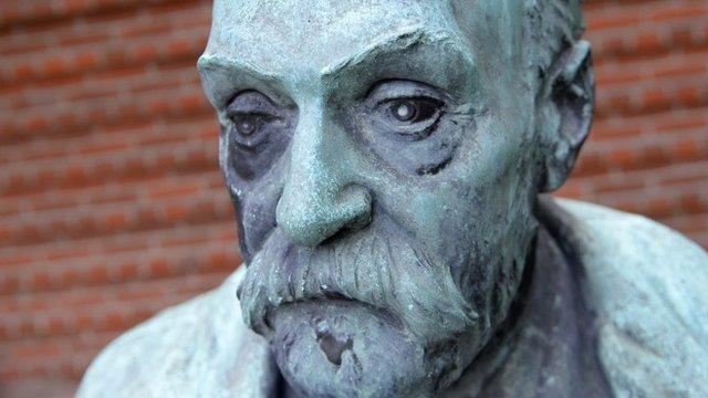 Statue of Alfred Nobel