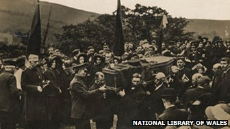 Funeral of one of the Senghenydd disaster victims