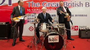 Boris Johnson playing the drums