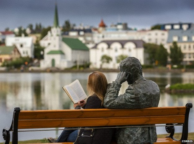 Woman reading in Reykjavik. Image from http://www.bbc.co.uk/news/magazine-24399599?ocid=socialflow_facebook_newsmagazine