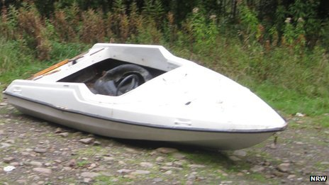 The speedboat in n Glyncastle Forest