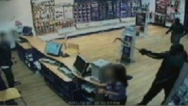 CCTV of Carphone Warehouse raid