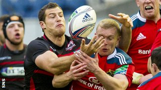 Tim Visser playing for Edinburgh against Munster