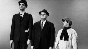 John Cleese, Ronnie Barker and Ronnie Corbett in the Class Sketch