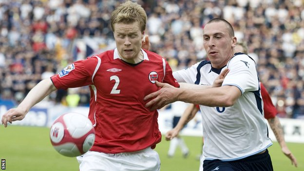 Norway's Tom Hogli and Scotland's Scott Brown