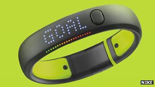 Adidas Micoach smartwatch has heart-rate sensor