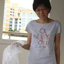 Elisa Ng with rubbish bag