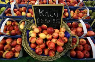 baskets of apples