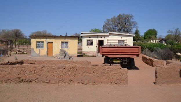 Edith Mmusi's house on the Ramantele piece of land