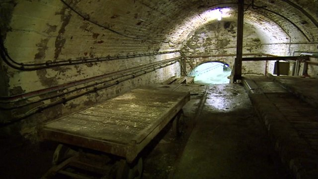 Disused railway tunnel at Bristol Temple Meads railway station