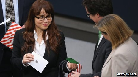 Cemile Giousouf in the Bundestag, Berlin, 22 October